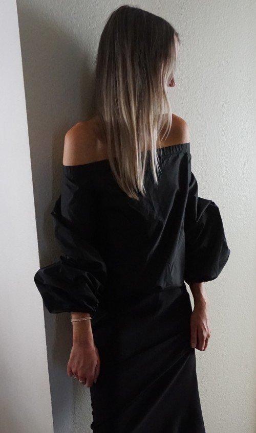 Puff Sleeve Off the Shoulder Design